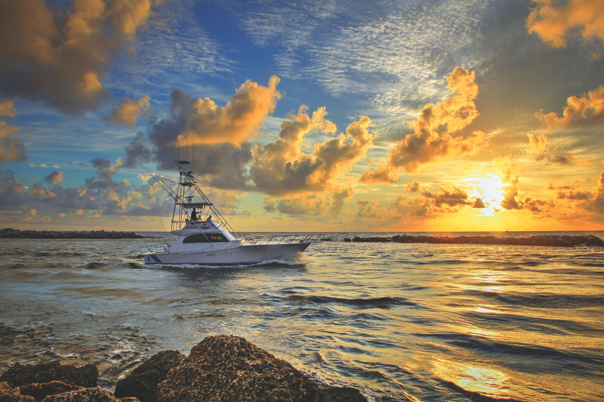 A252-Boat-Going-Fishing-During-Sunrise-at-the-Pompano-Inlet-Florida-Original.jpg